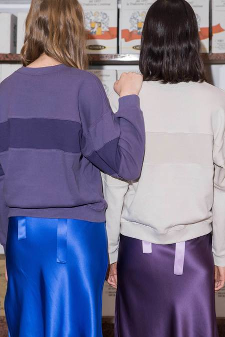 P&V Embroidered PV Sweatshirt - Stone