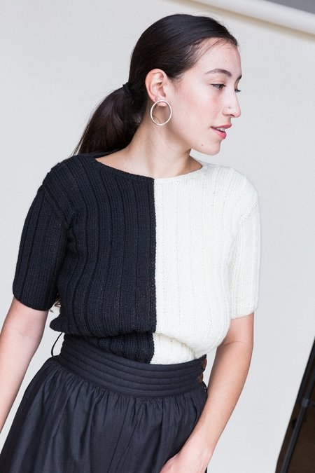 ACCIDENTE CON FLORES Georgia Knit - BLACK/OFF-WHITE