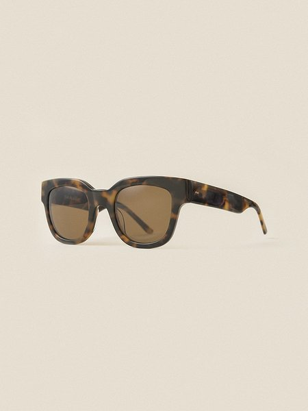 Unisex Sun Buddies Liv Sunglass - Brown Tortoise