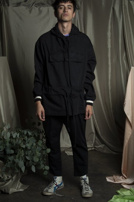 l'equip MALICK HOODED PULLOVER - BLACK
