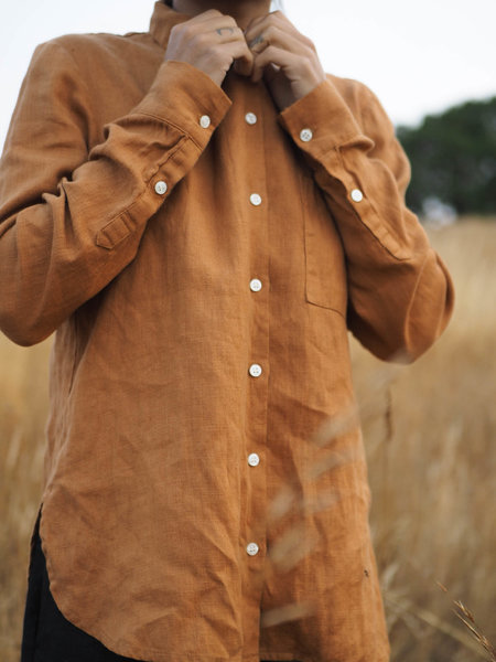 BEATON Rust Button-Up