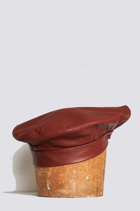 Clyde Lambskin Beret - Cognac
