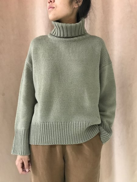 ASSEMBLY LABEL FOLD KNIT - OLIVE