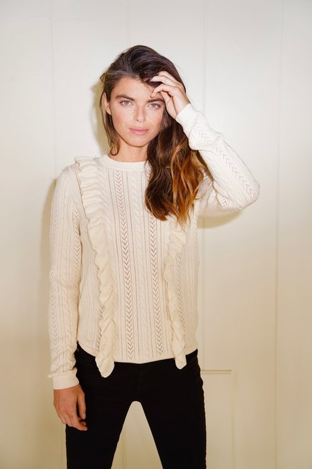 Birds of Paradis Elise Ruffle Sweater - Antique White