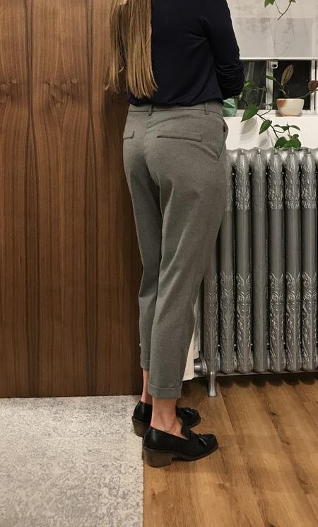 Eve Gravel Mirwood Pants