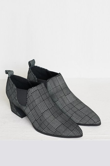 """INTENTIONALLY __________."" Pepper Bootie"