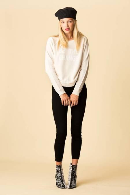 Amo Raglan Be The Change Sweatshirt - Off White