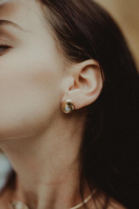 Uni Jewelry Clea Pearl Stud Earrings