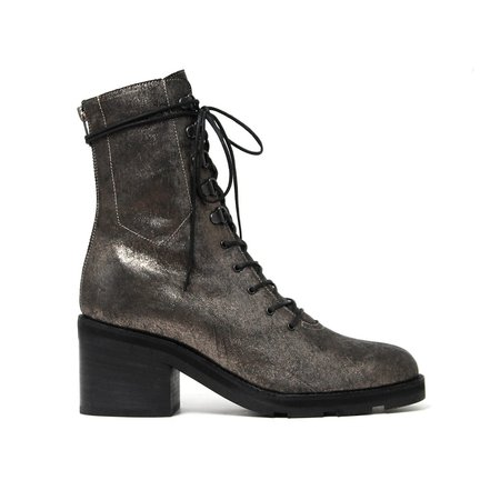LD Tuttle The Below Boot - Tarnish