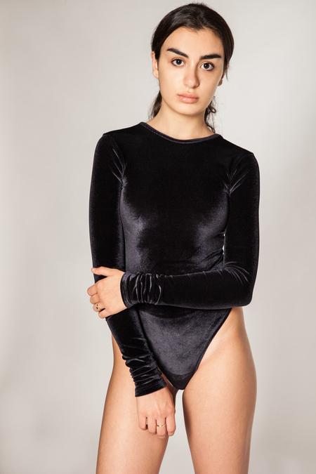 Fantabody Erika Velvet - Black