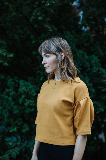 Eve Gravel Moonstone Top - Mustard