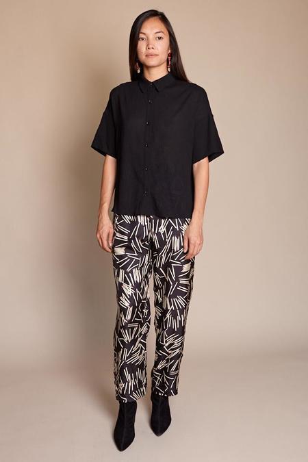 Obakki Leona Shirt - Black