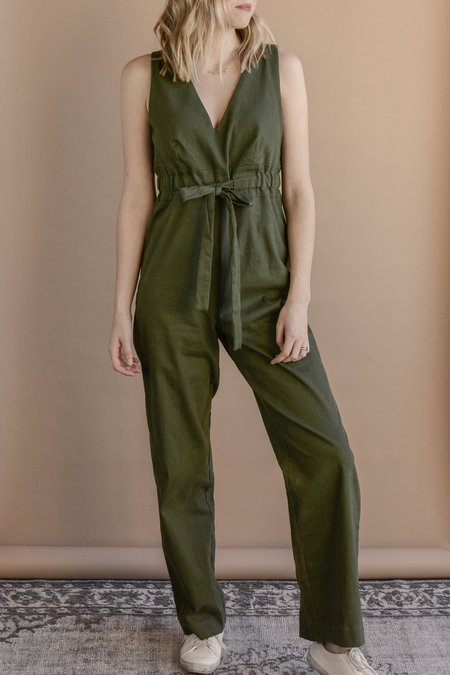 Line & Dot Bethany Jumpsuit - Olive Green