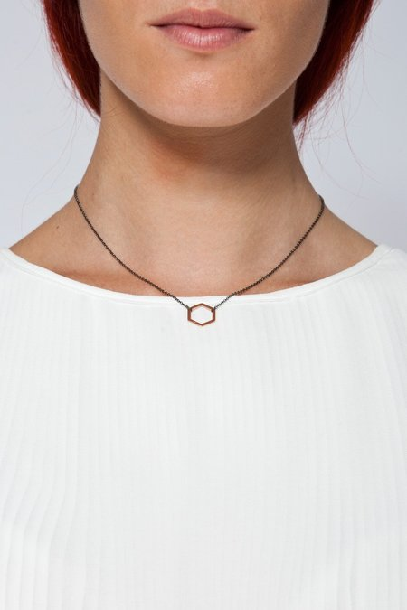 MOUTSATSOS SHORT BLACK CHAIN GEOMETRY NECKLACE WITH PINK GOLD MOTIF