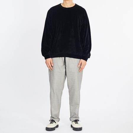 S.K. Manor Hill Velour Crewneck Sweatshirt - Black