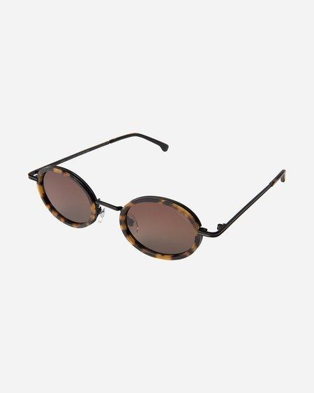 Komono Robyn Sunglasses - Tortoise/Black
