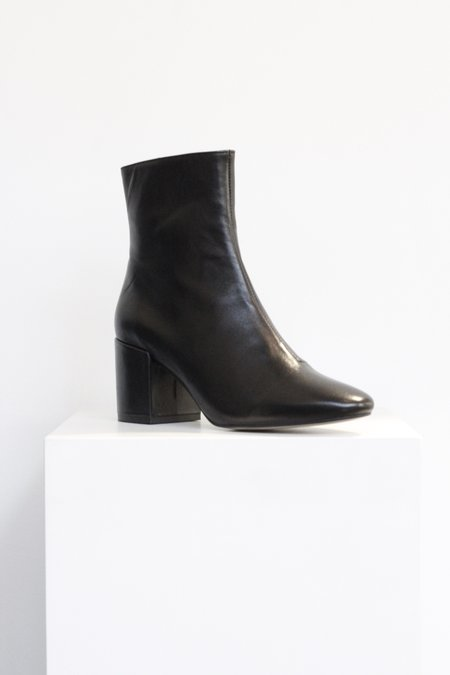 """INTENTIONALLY __________."" Shop Boot - Black"