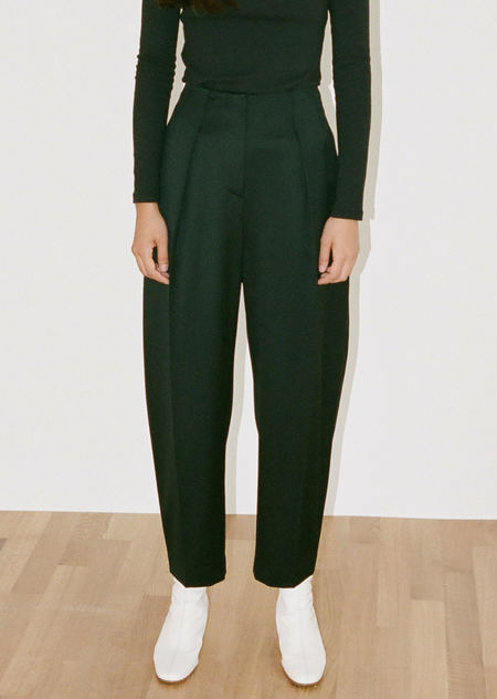 AMOMENTO WOOL STRUCTURE PANTS - BLACK