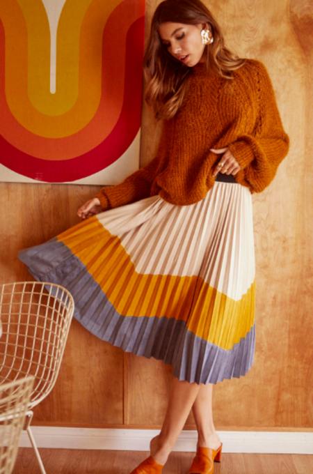Lush Pleated Horizon Skirt