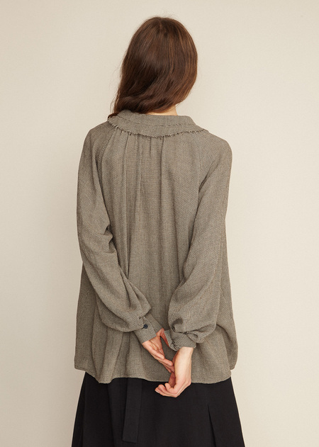 Caramel Ruffle Collar Shirt - Dark Brown Micro Houndstooth