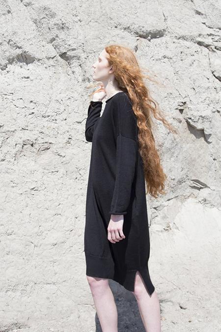 Fform Lounge Dress - Black