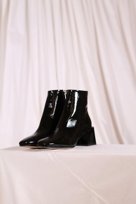 LOQ Lazaro Crinkle Patent Boots - Black