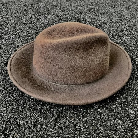 Esenshel TEAR LOW CROWN ROUND CURVED BRIM HAT