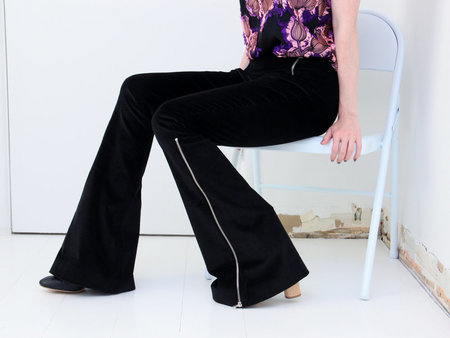 Of Her Own Kind Maude Flare - Black