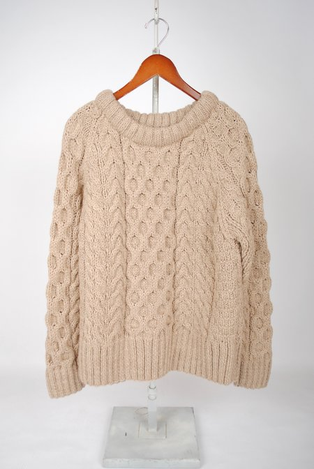 Smythe Cable Knit Crewneck Sweater - Putty