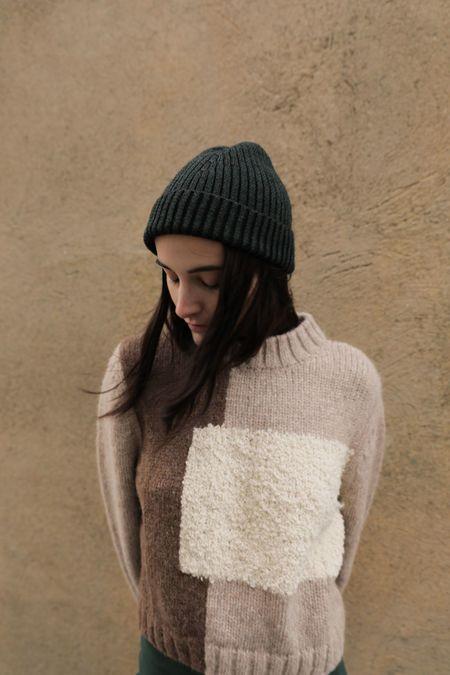 Kordal Plaited Rib Knit Hat - Garnet/Black