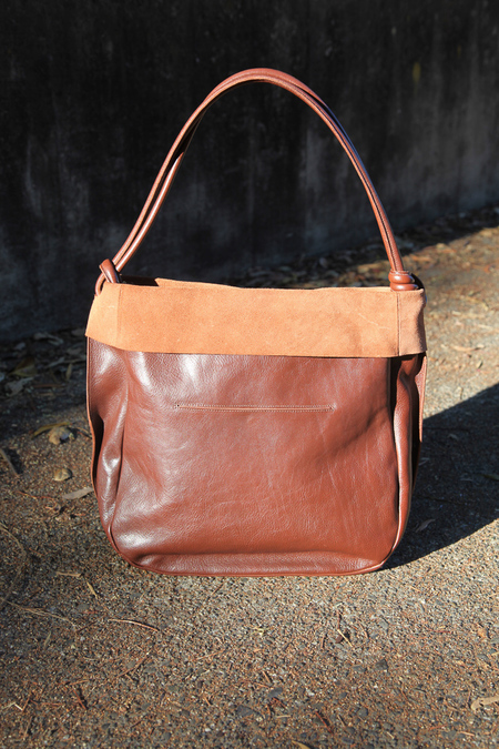 Il Bisonte tote with suede top