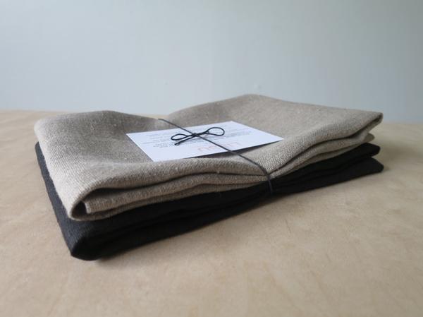 Lissu Linen Tea Towel Set - Natural + Black
