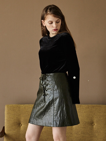 INES A LINE FAUX LEATHER SKIRT - KHAKI