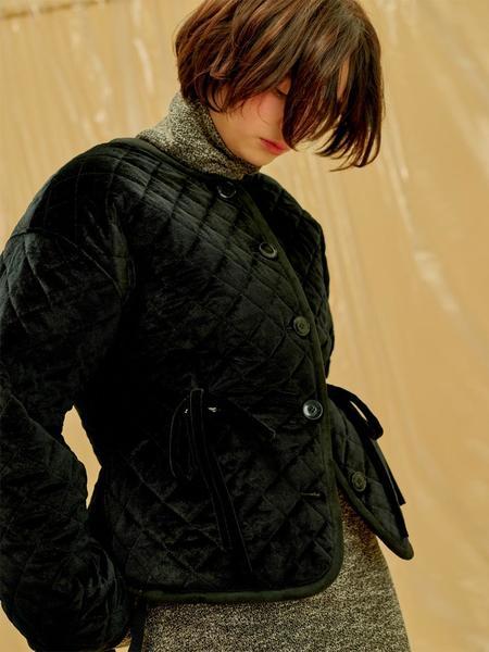 1159STUDIO Velvet Padded Single Jacket - Black
