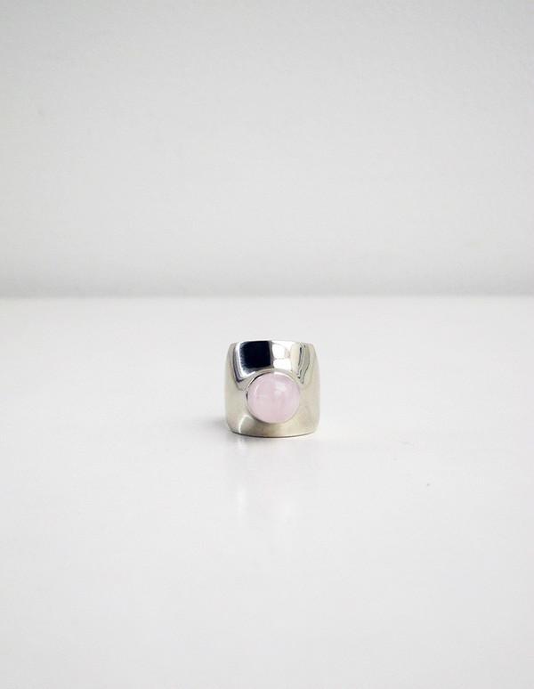 Leyron Ring, White Bronze/Rose Quartz