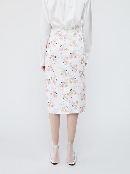 HACER SEOUL Pencil Skirt - White Flower Pattern
