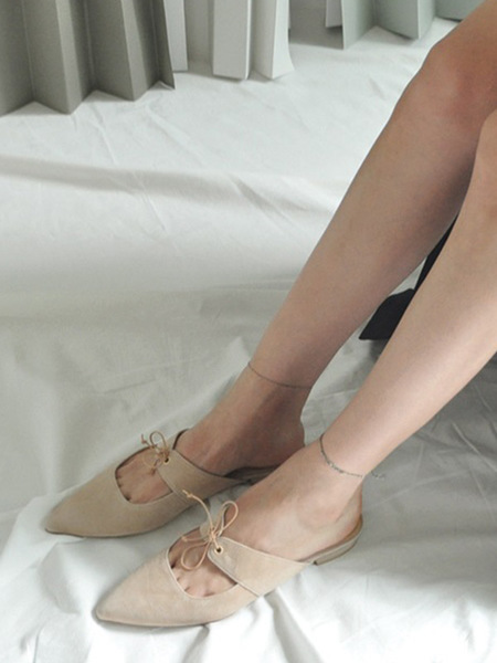 JI LLL. Y Wahoo Pointed Toe Leather Strap Mule - Skin