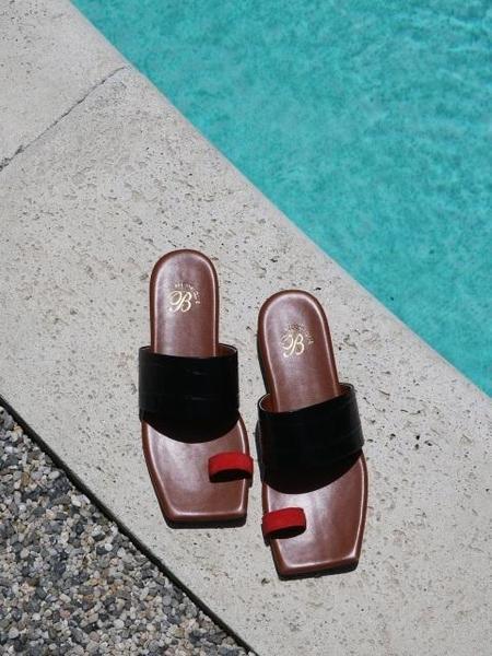 BIBINIQUE Mocha Sandals - Brown