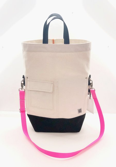 Chester Wallace Classic Tote