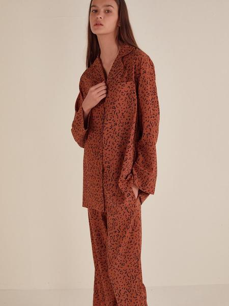 HOTELNUANCE Franch Pattern Pajamas - Terracotta