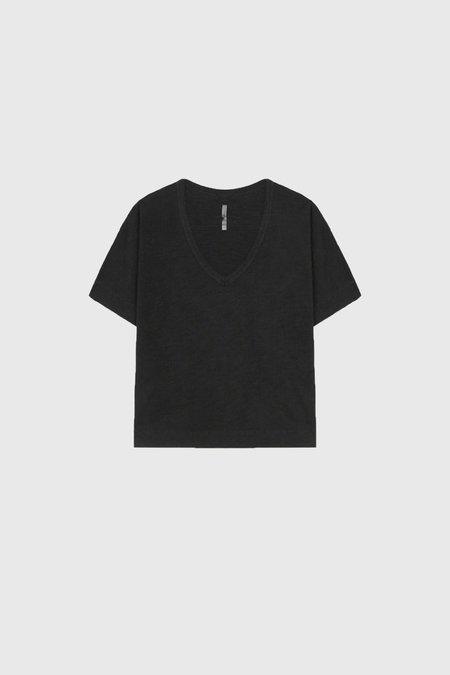 COMMONERS Soft V Neck - Vintage Black