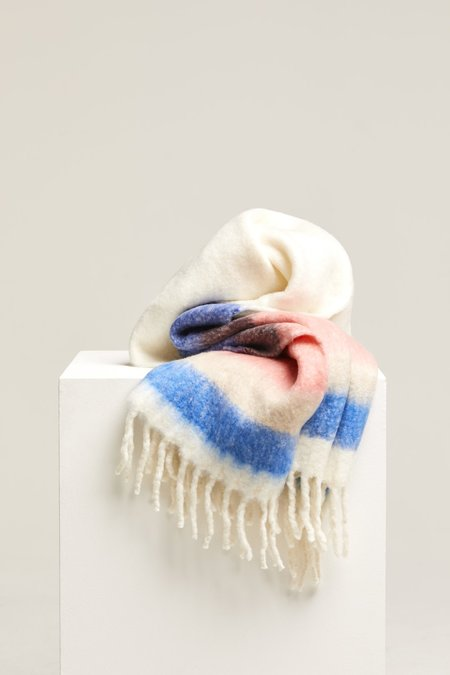 Closed Knit Scarf - Striped