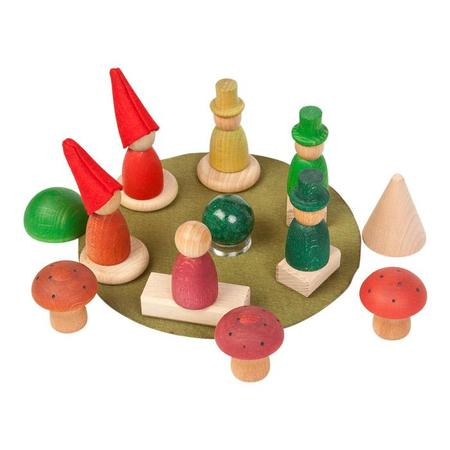 KIDS Grapat 24 Piece Set Wooden And Felt Nins Of The Forest Set