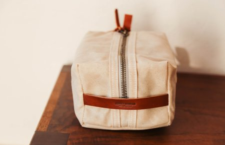 Bradley Mountain Dopp Kit - Oatmeal