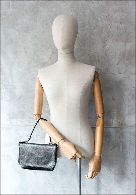 Amorphose Zipper Detail Leather Shoulder Bag - PEWTER