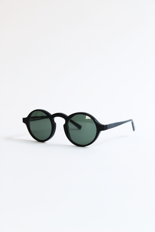 DUSEN DUSEN oval sunglasses matte black