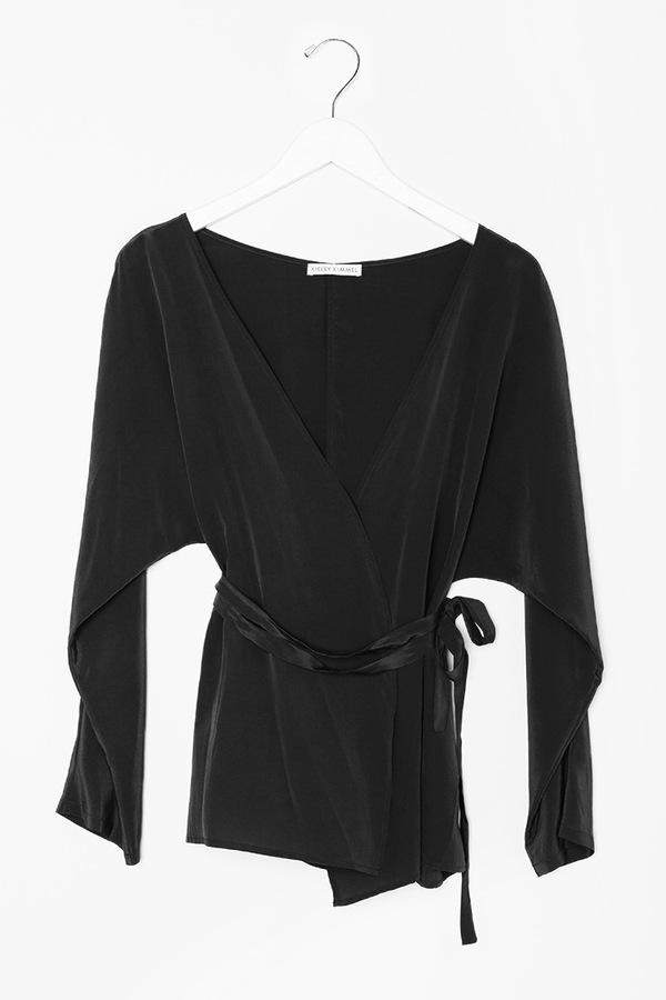 Kieley Kimmel Kimono Blouse   Black
