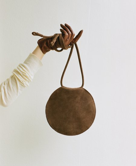 ARE Studio Disc Suede BAG - chocolate