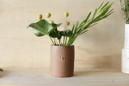 Rami Kim Mini Face Utensil Holder/Vase - Raw Red Clay