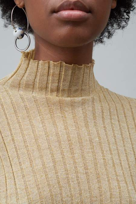 Nomia Wide Rib Turtleneck - Gold
